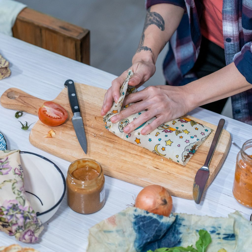 How to use Beeswax Wraps Step 3