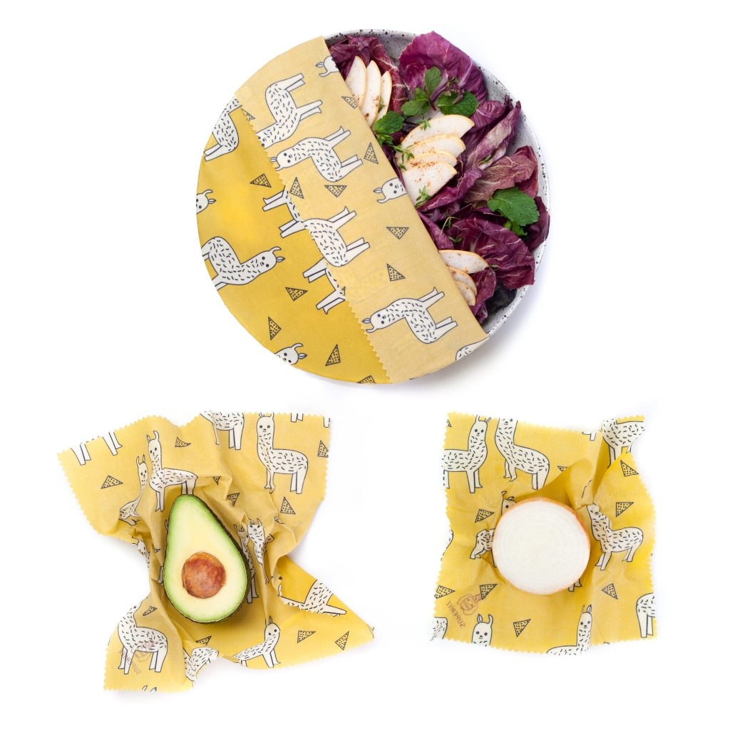 Alpacas Beeswax Wraps Set in use