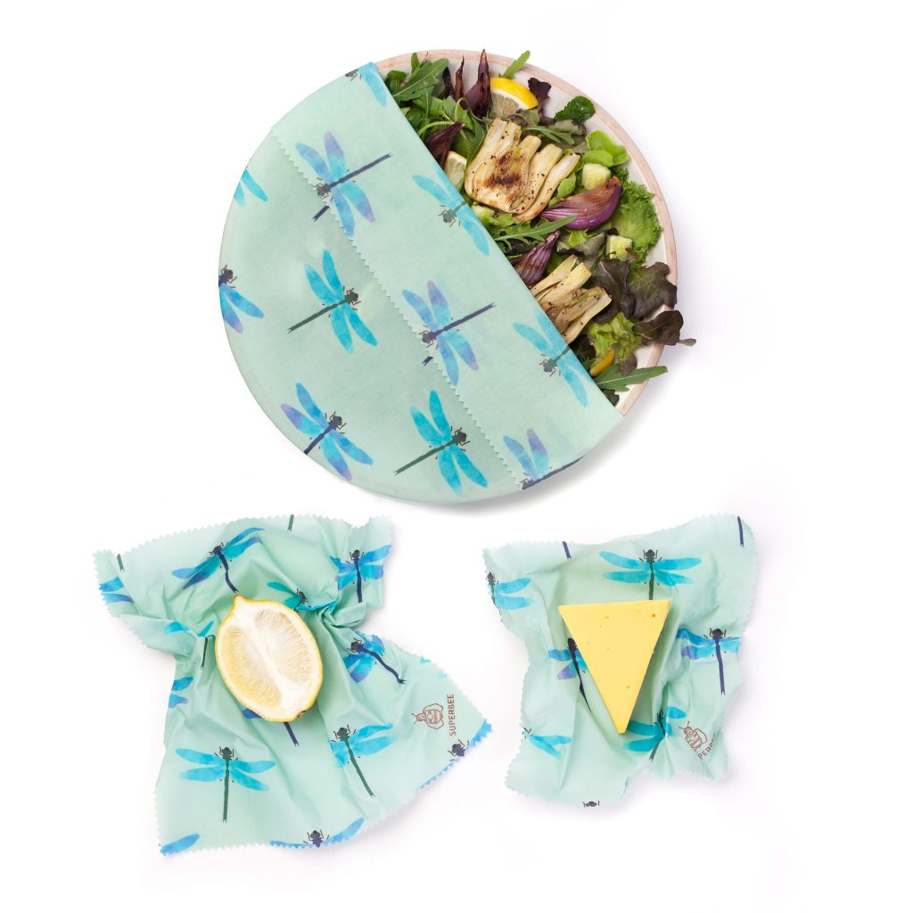 Dragonflies Beeswax Wraps Set in use