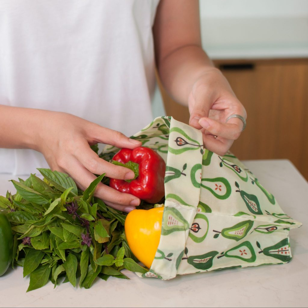 Pears Waxed Bag in use