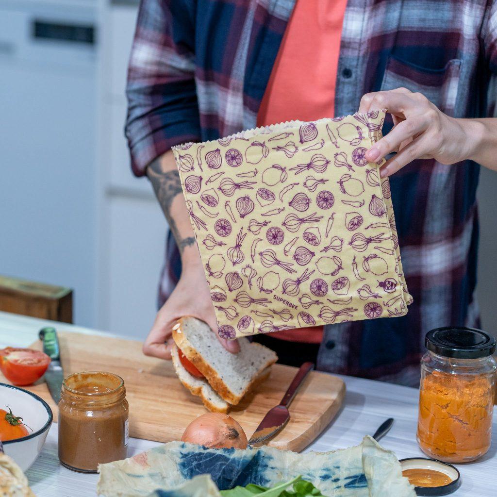 Waxed Food Bag Usage Step 1
